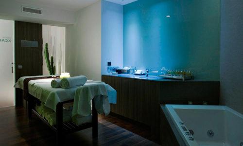 spa table de soin et baignoire hydro
